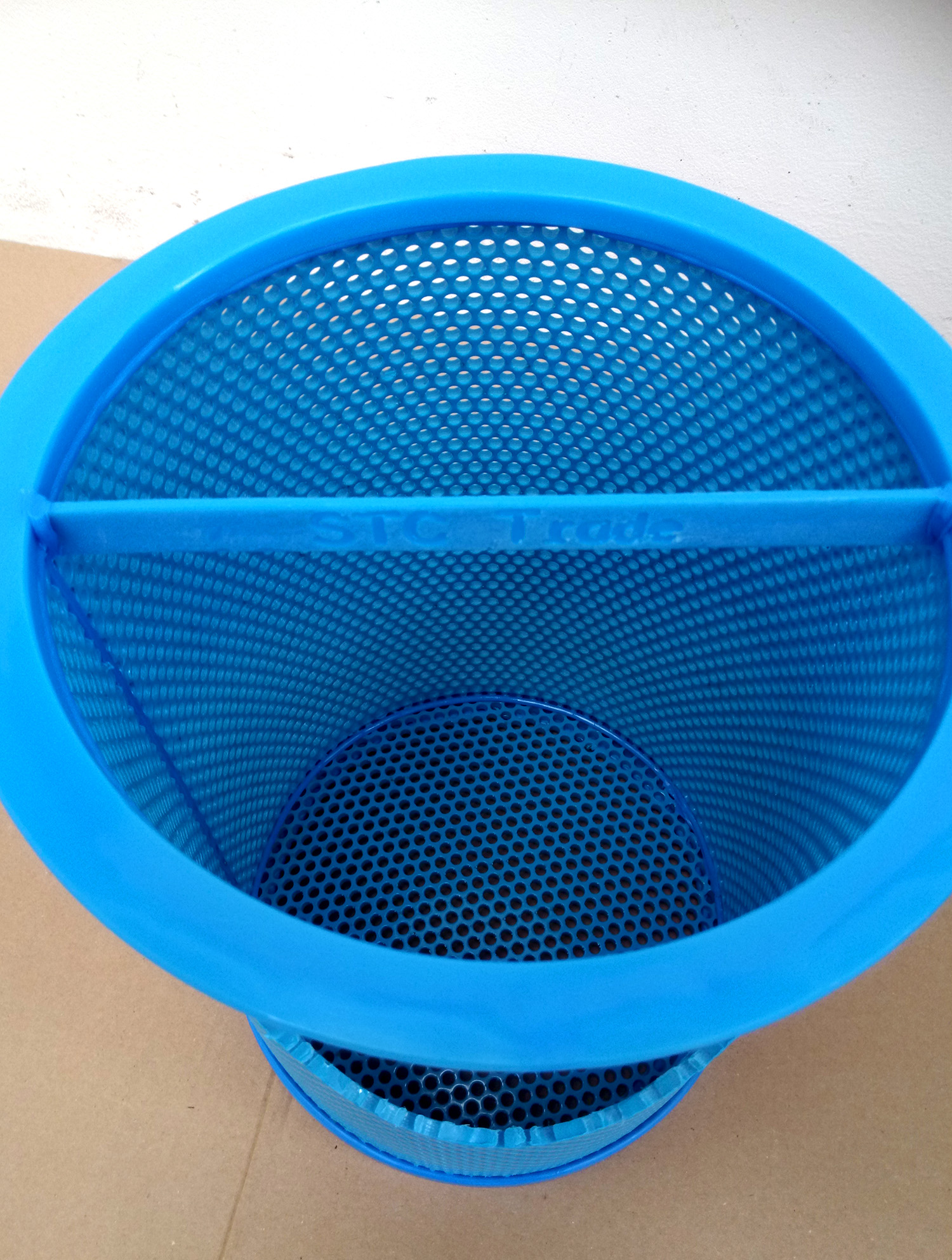 STC TRADE - sustainable filters in blue for ship